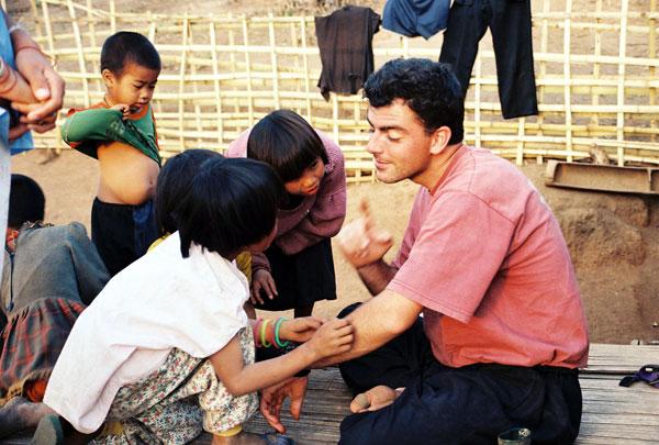 Rencontre avec des enfants thaïlandais
