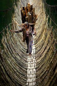 Pont suspendu bancal - Inde