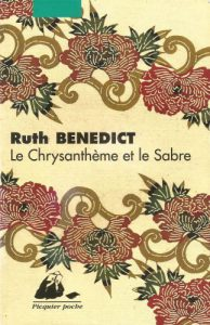 Le Chrysanthème et le Sabre