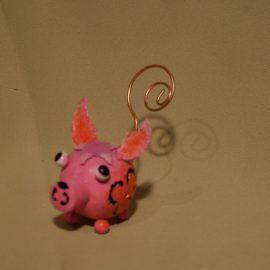 cochon rosé aux grandes oreilles