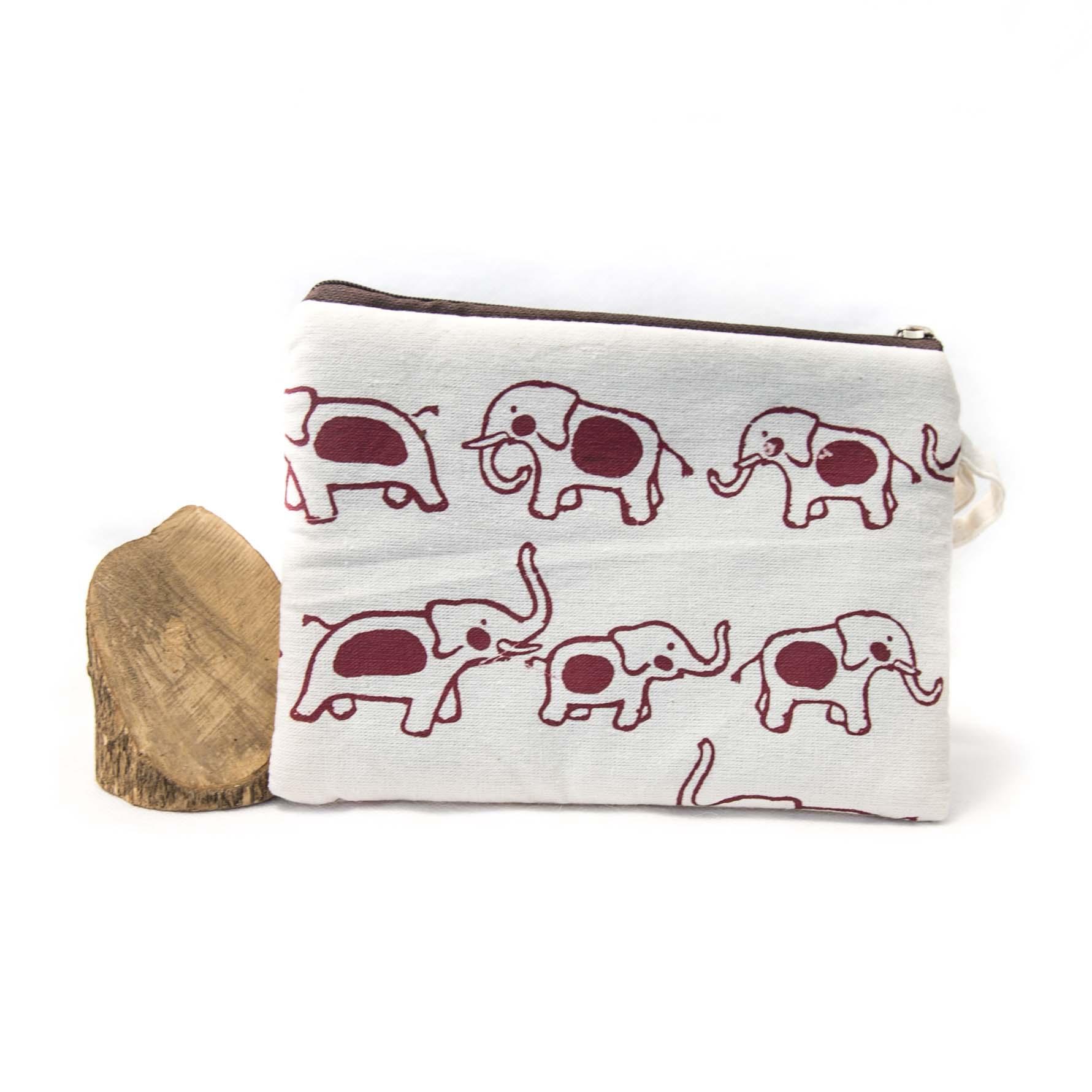 sacoche blanche aux motifs d'éléphant